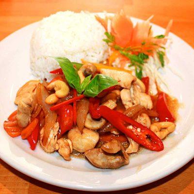 Simply Thai Kitchen Image 3